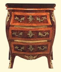 Il portale del mobile in stile mobili pitanti for Regalo mobili antichi